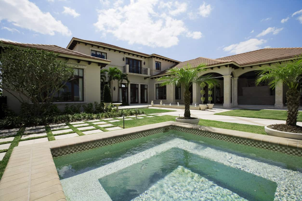 Luxury house with courtyard and square pool.