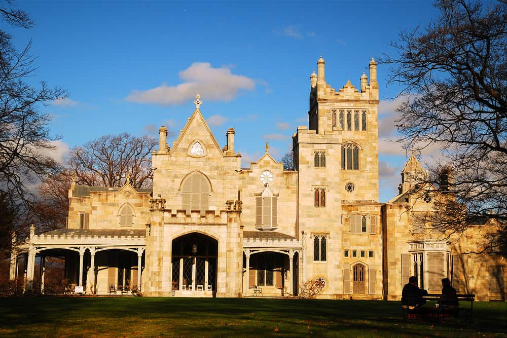 73 Fabulous Historic Homes & Mansions in the USA