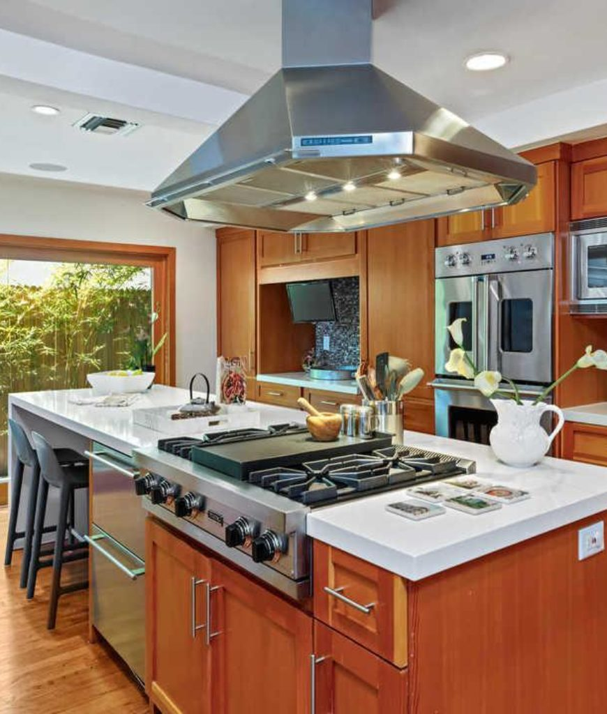 danny-mcbride-hollywood-hills-home-kitchen-091318