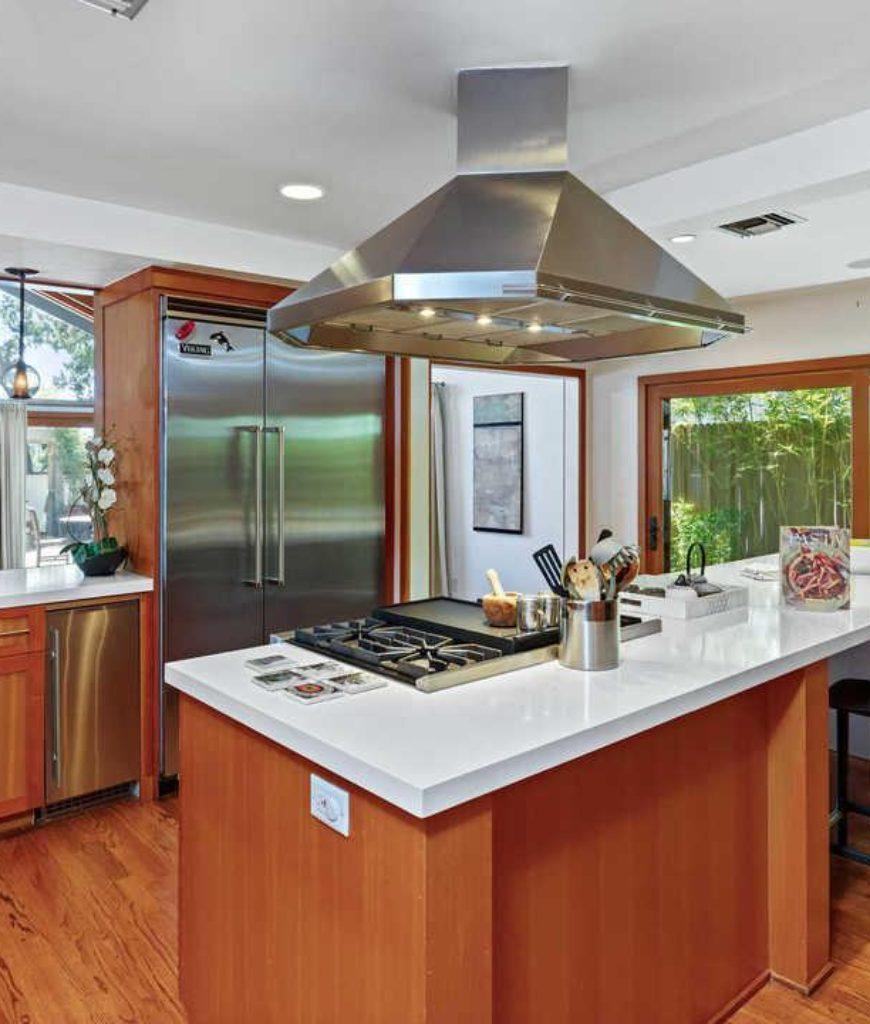 danny-mcbride-hollywood-hills-home-kitchen2-091318