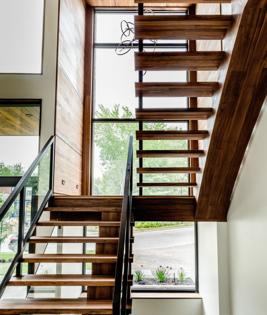 Close up view at the home's staircase. Photo credit: Dominic Boudreau
