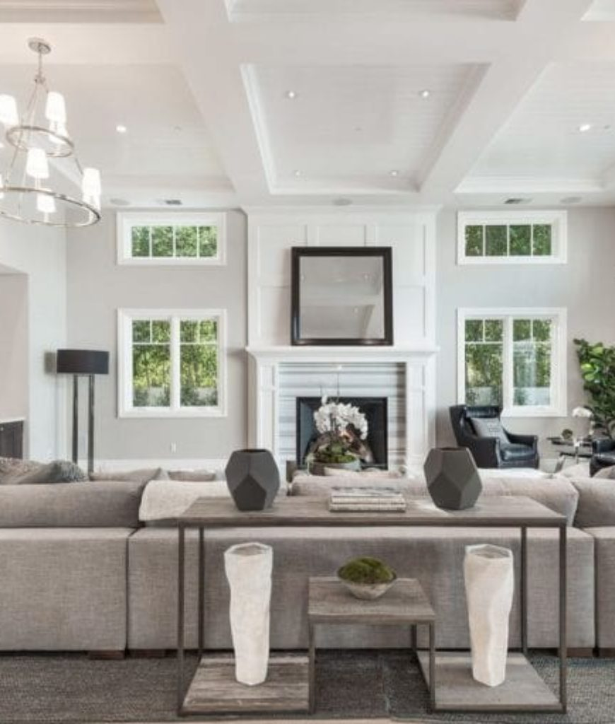 i.marlene-king-encino-home-living-room-091318