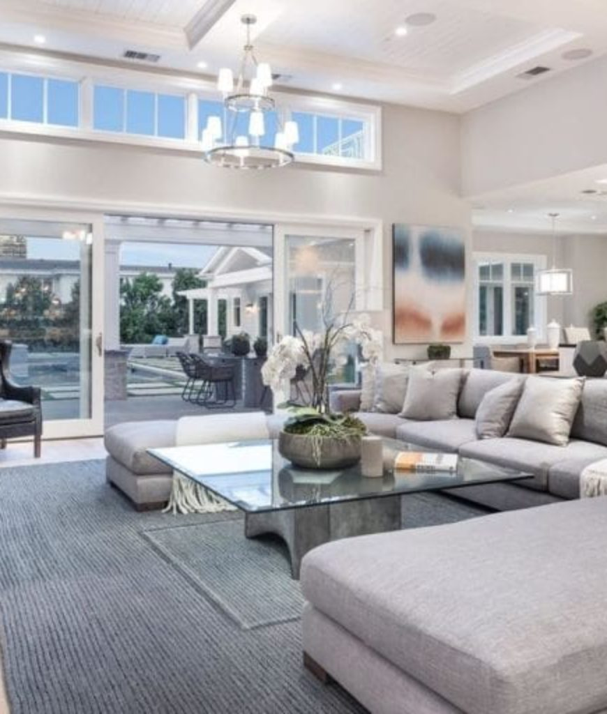 i.marlene-king-encino-home-living-room2-091318