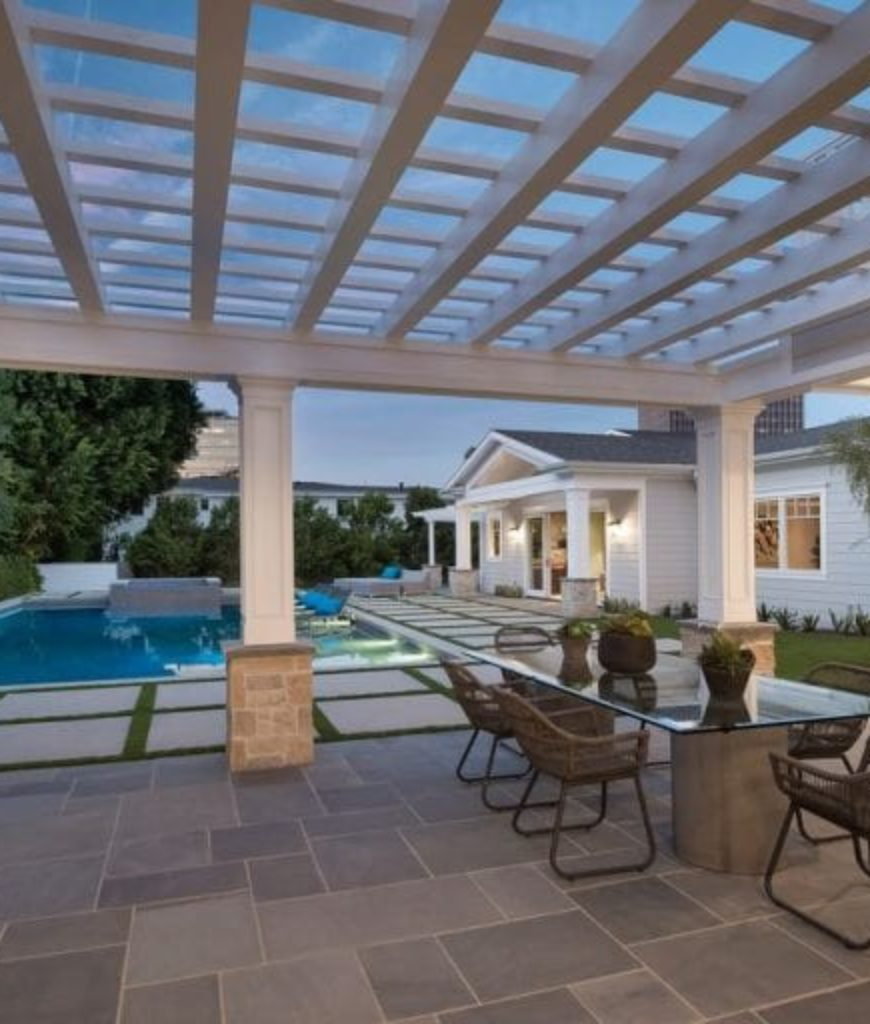 i.marlene-king-encino-home-outdoor-kitchen-and-dining-091318