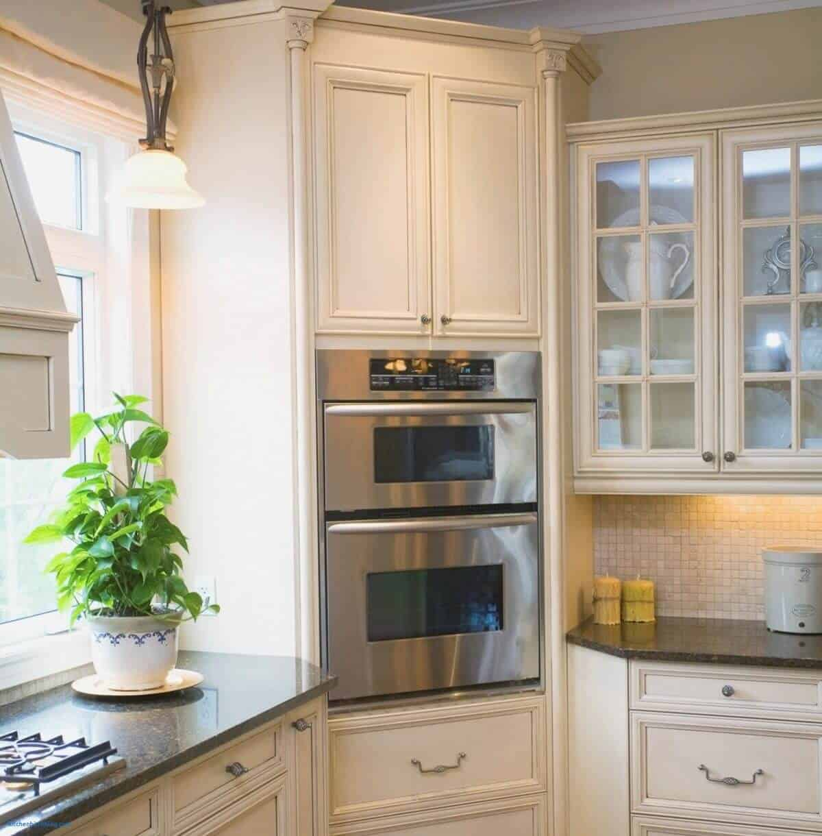 You can easily dedicate a kitchen corner to a wall oven (in this case a double wall oven).