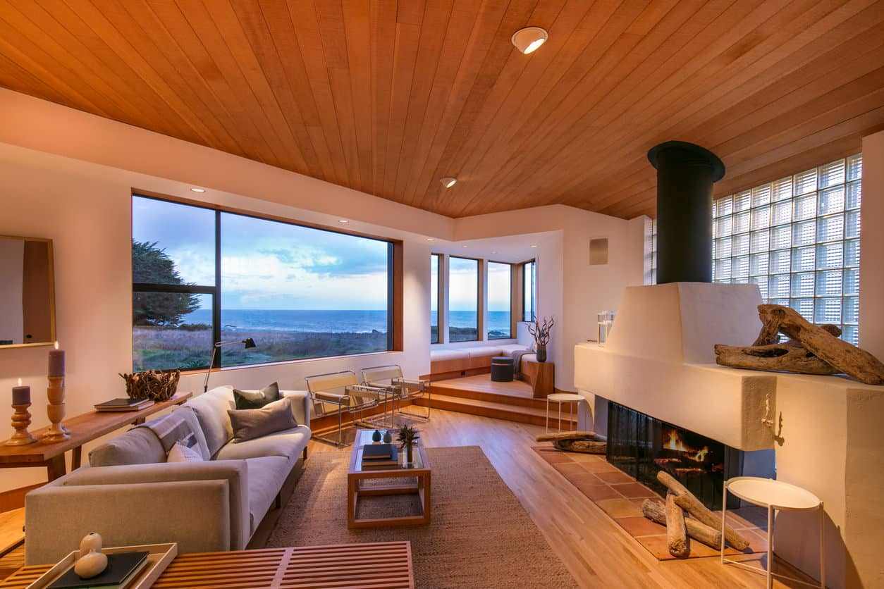 Incredible corner nook room with built in bench seating and an amazing view.