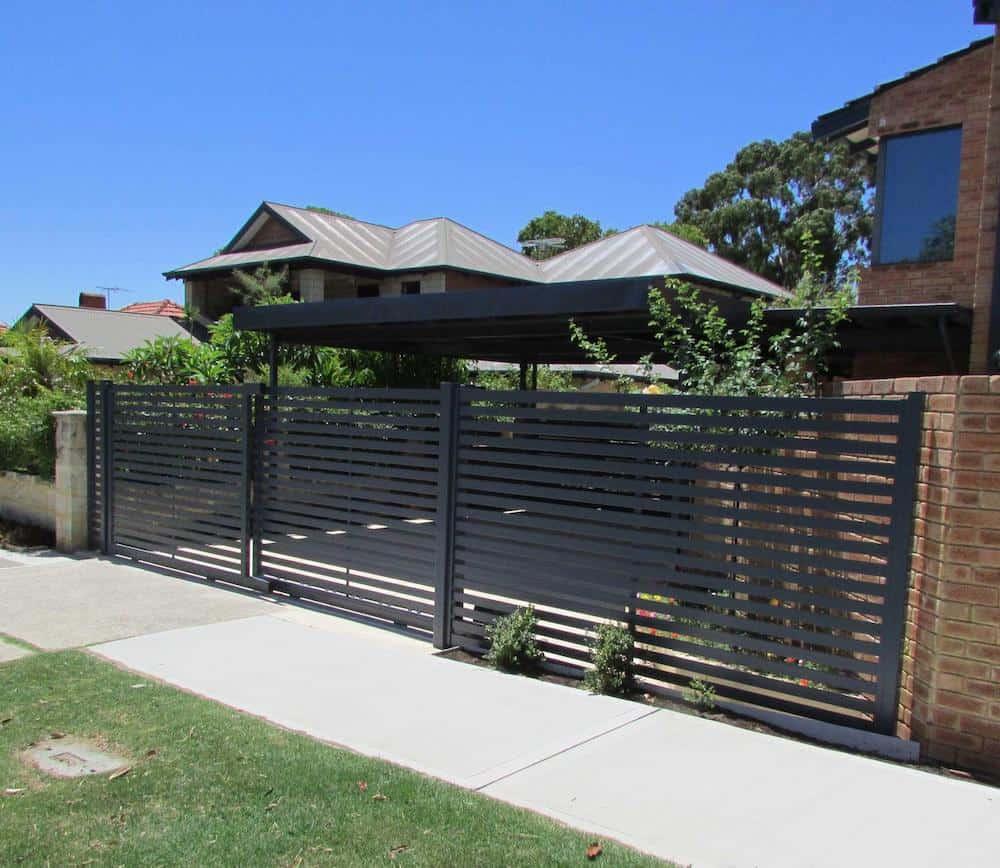 Slat style privacy fence