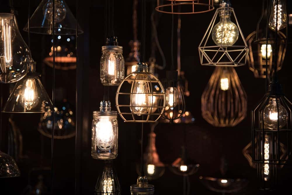 Different styles of vintage lights.