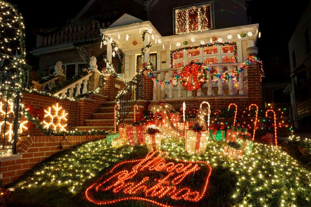 You  don't need a mansion to create a spectacular light display.  The entire small front yard is a carpet of lights.