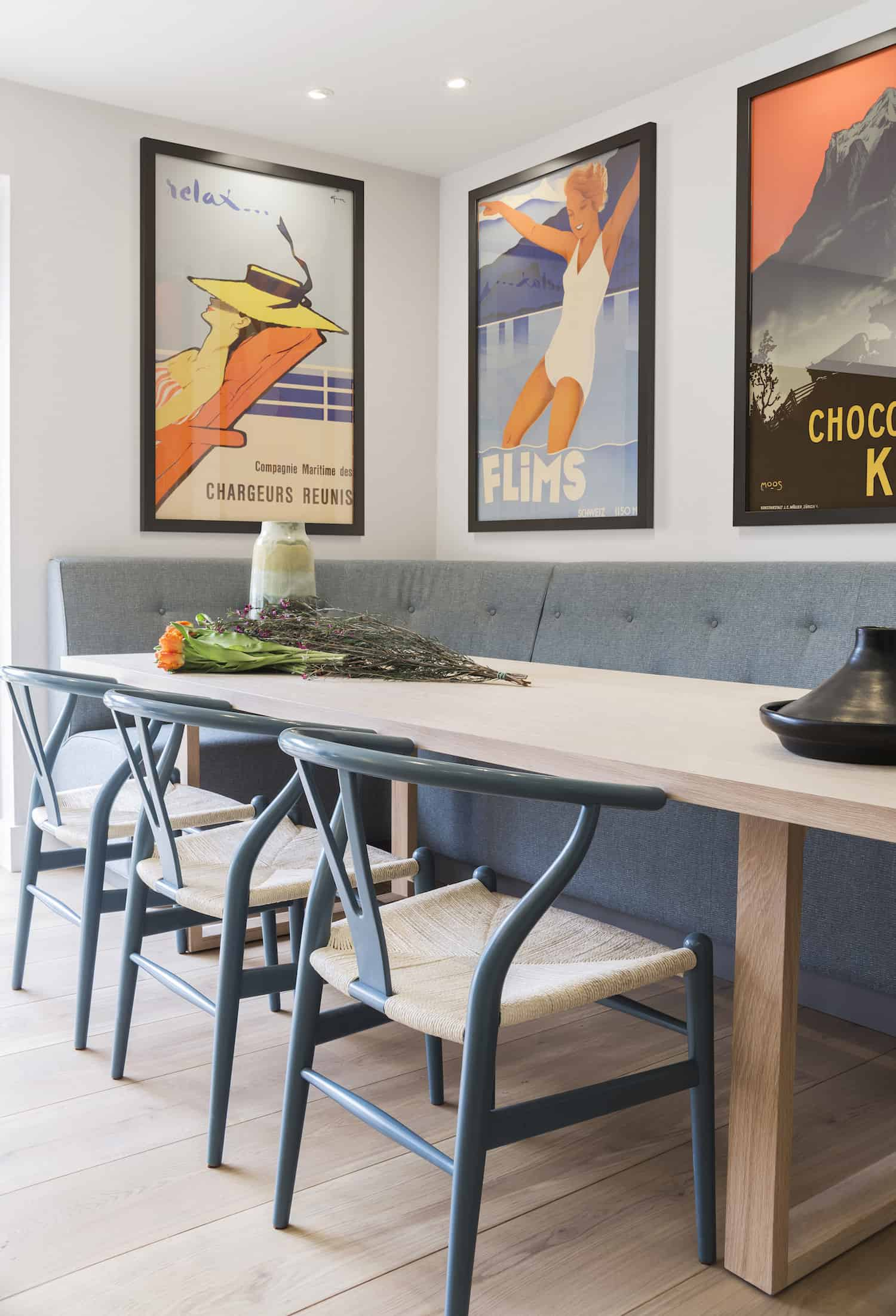 The long bench seating in the kitchen area is one of my favorite features. That's a large cushioned booth with long table and three chairs on the outside. The entire kitchen table area can easily accommodate 8 people.