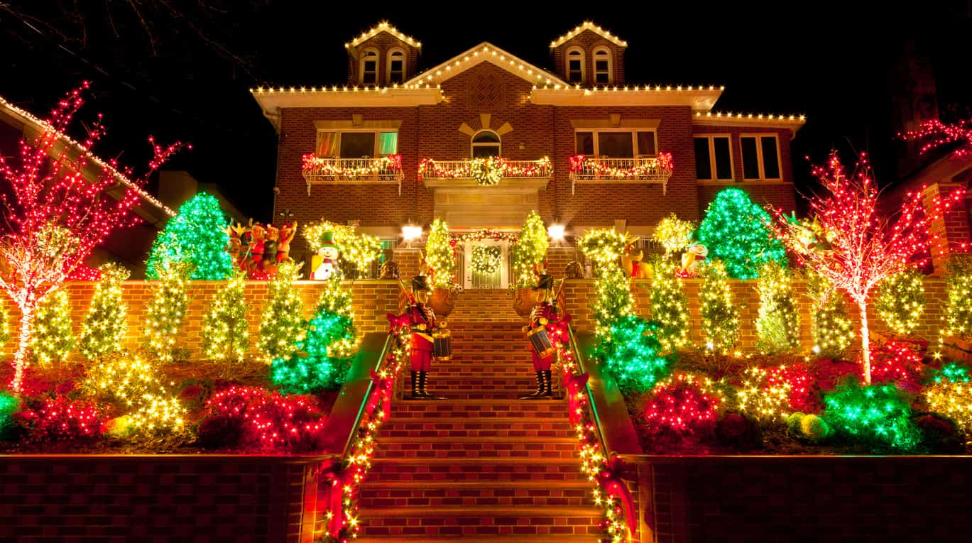 House With Christmas Lights.29 Types Of Outdoor Christmas Lights For Your House 2019