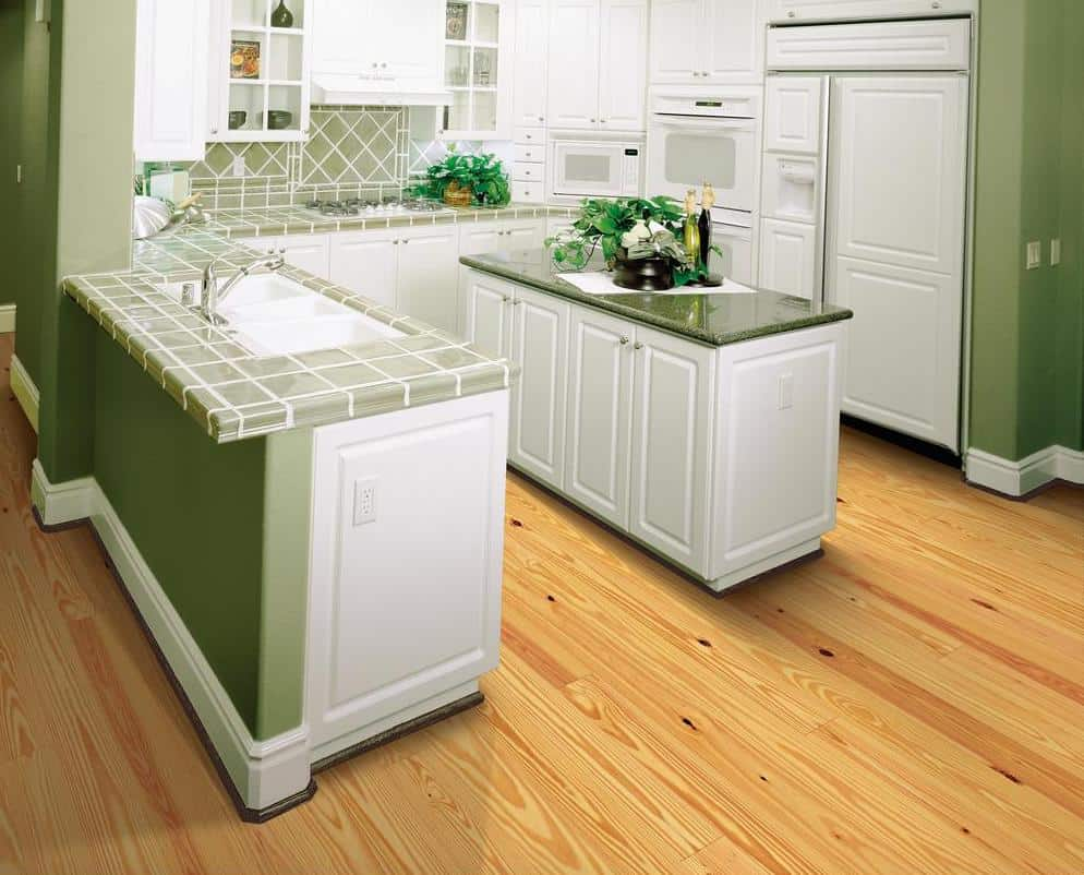 Natural pine floor example
