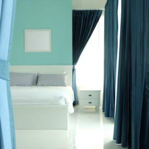 4 Creative Bedroom Door Alternatives