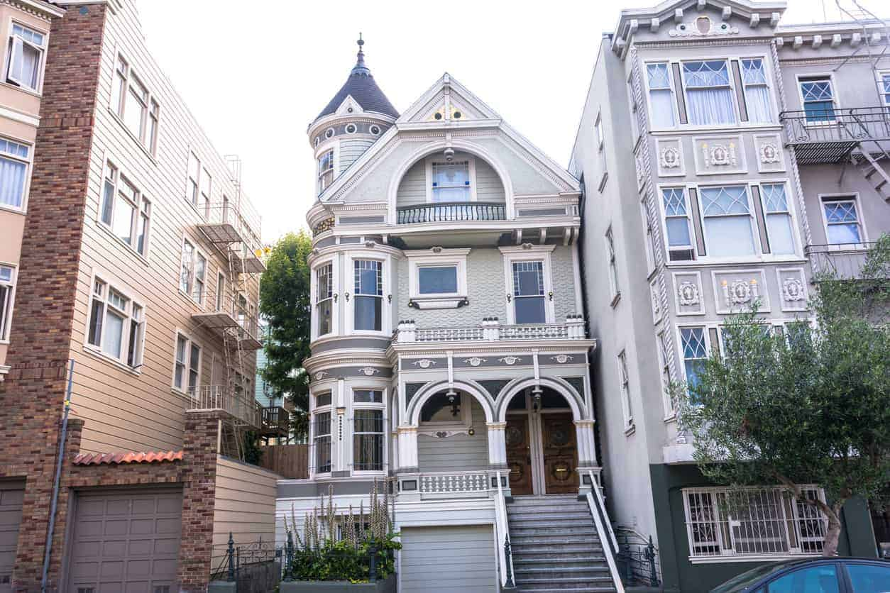 This is a fascinating turret. Notice how the house has a rounded corner and then the turret is built on top of the roof. I think it's a nice technique. This house is in San Francisco.