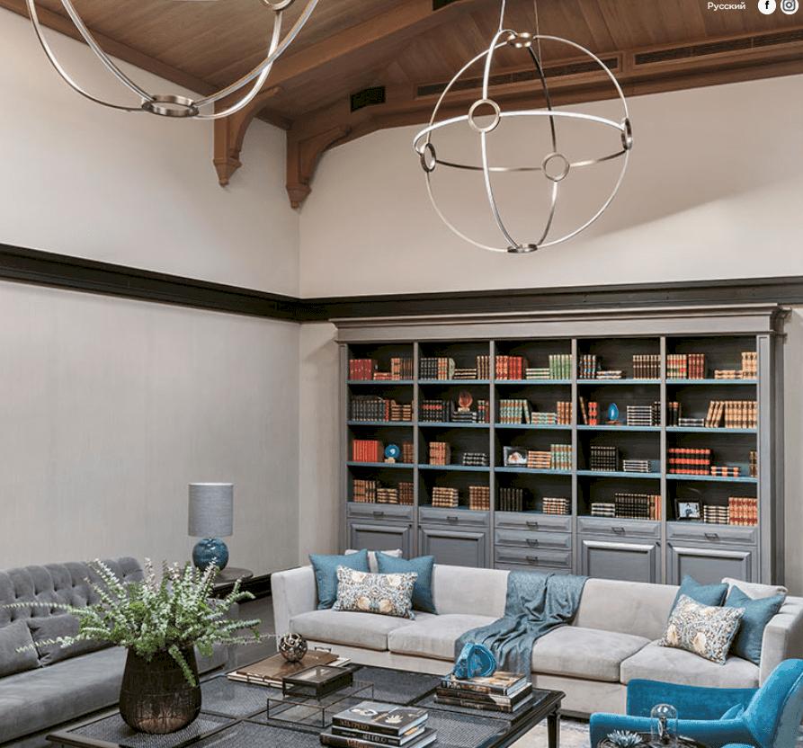 Семейный номер в эклектичном стиле - идеальное место для ценителей современного искусства.