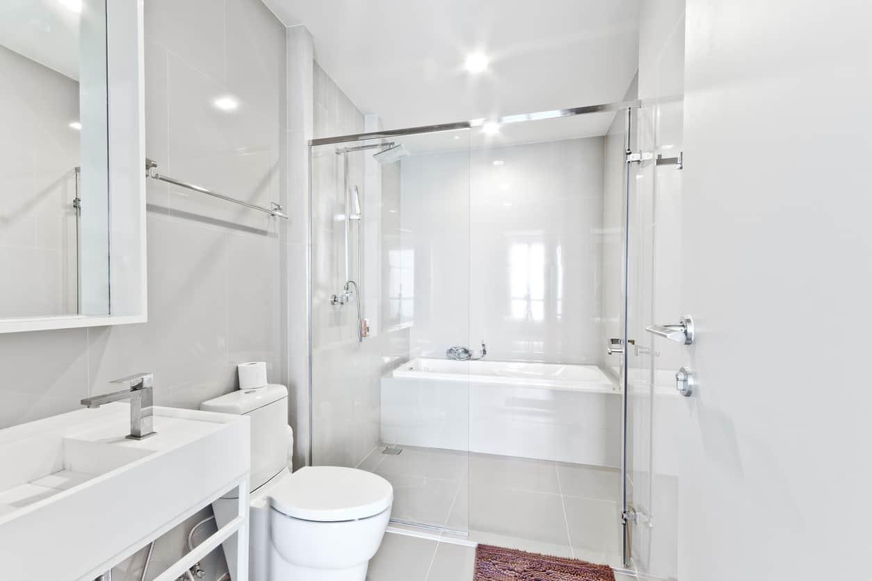 34 Terrific Small Primary Bathroom Ideas 2021 Photos Home Stratosphere