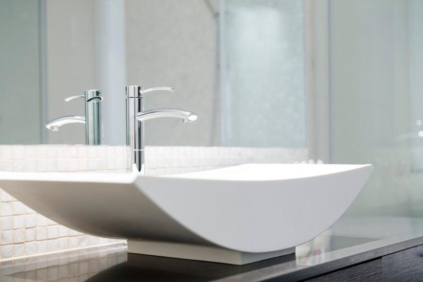 Cool modern bathroom faucet photo