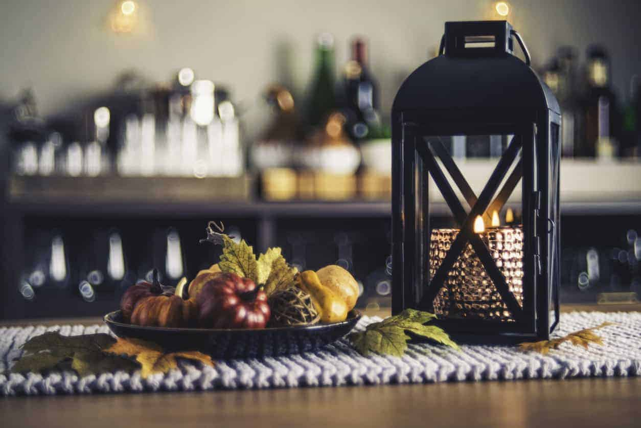 Home décor example for the table for Autumn season