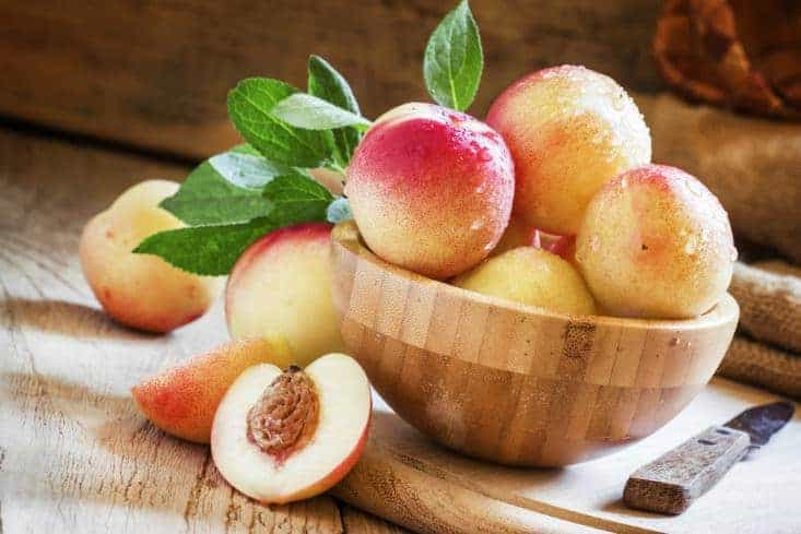 Washed nectarines in a bowl