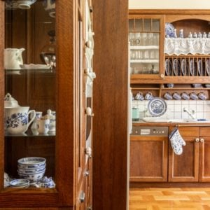 10 Different Types of China Cabinets