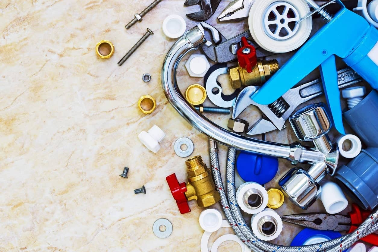 Different types of plumbing tools.