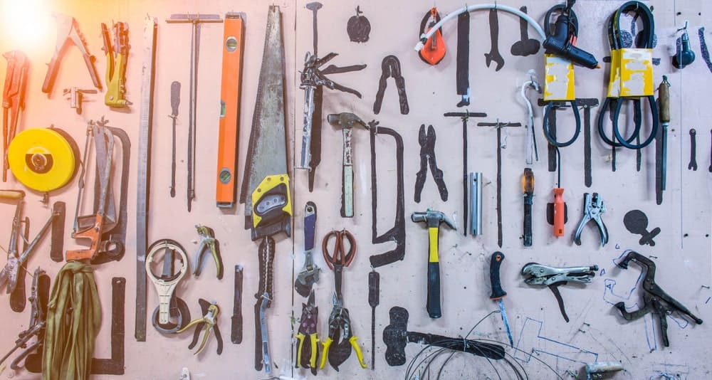 A huge set of different tools.