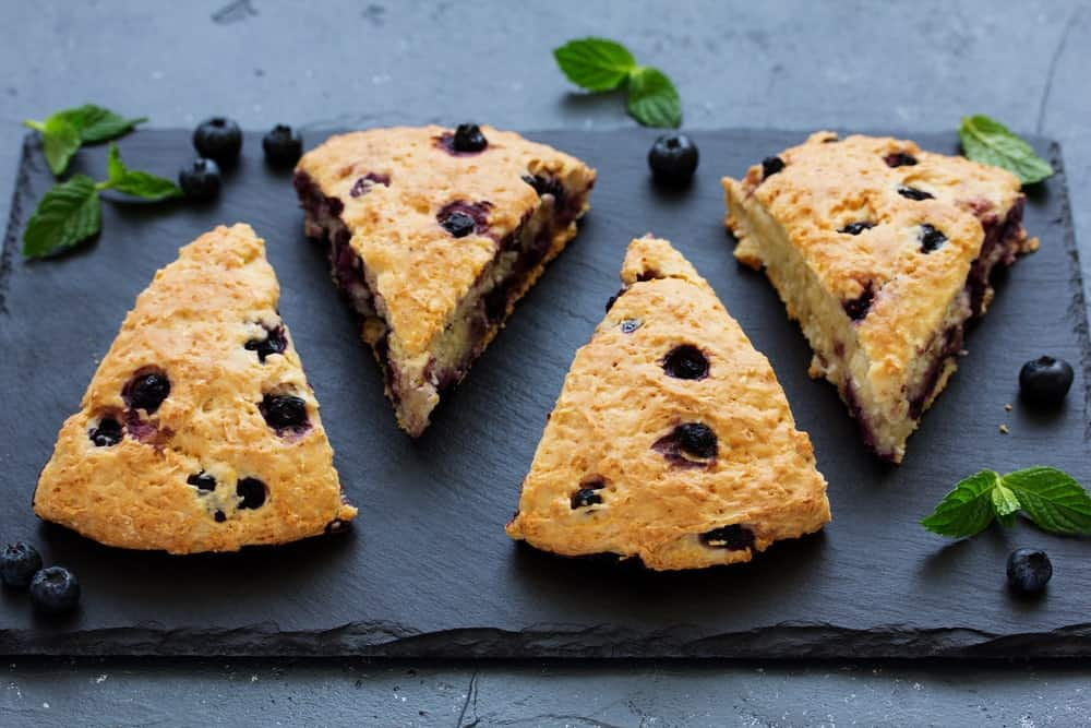 scones with oatmeal, blueberries and coconut