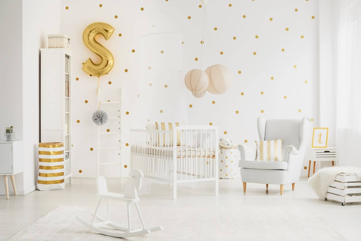 This bright white nursery room with details of gold and yellow will surely keep your little princess attracted to her room.