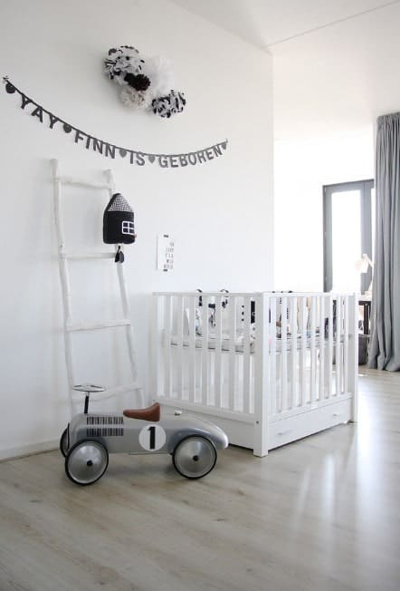 Neutral colors for your baby are great in terms of blending in with other décor in an existing room if you don't have a separate nursery. It looks simple, subtle, and elegant.