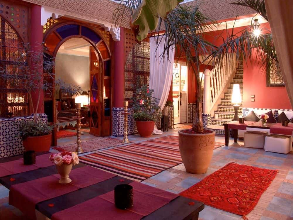 This entrance for a small Middle-Eastern hotel boasts of cheer and merriment. From the red flower pots and red pillars to the red rugs and red cushions, this is how you can use a single color in abundance and still manage to shine.