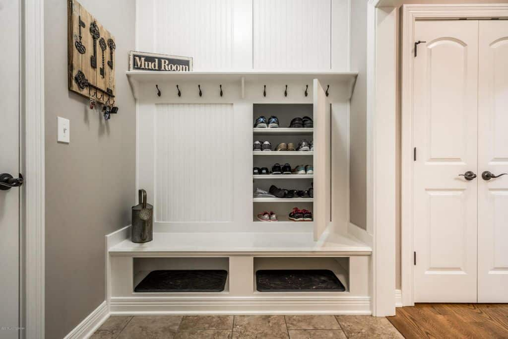 This has more of a focus on space for shoes with a separate show cupboard and a number of hooks to hang clothing apparel on.