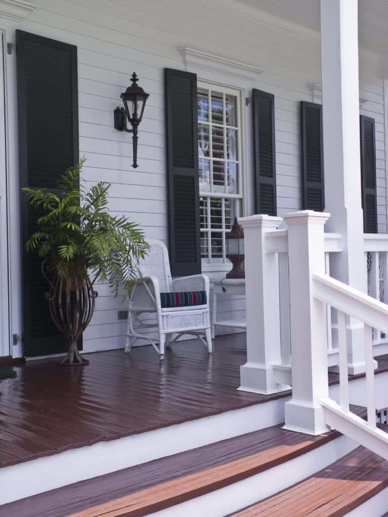 46 Fab Front Porch Ideas (Photos