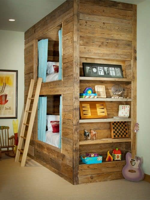 Awesome pallet bunk bed