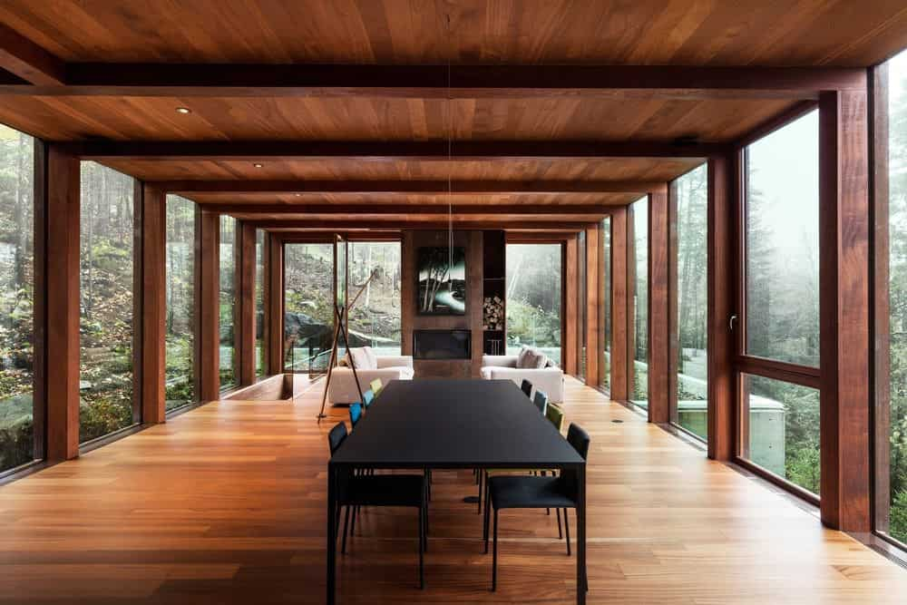 Modern dining room in great room designed by yh2 architectes