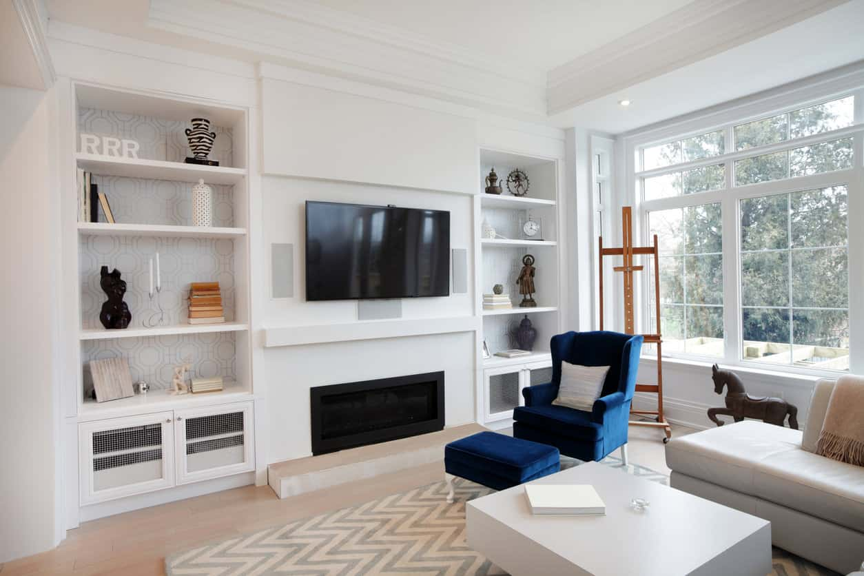Living room with custom built-in shelving