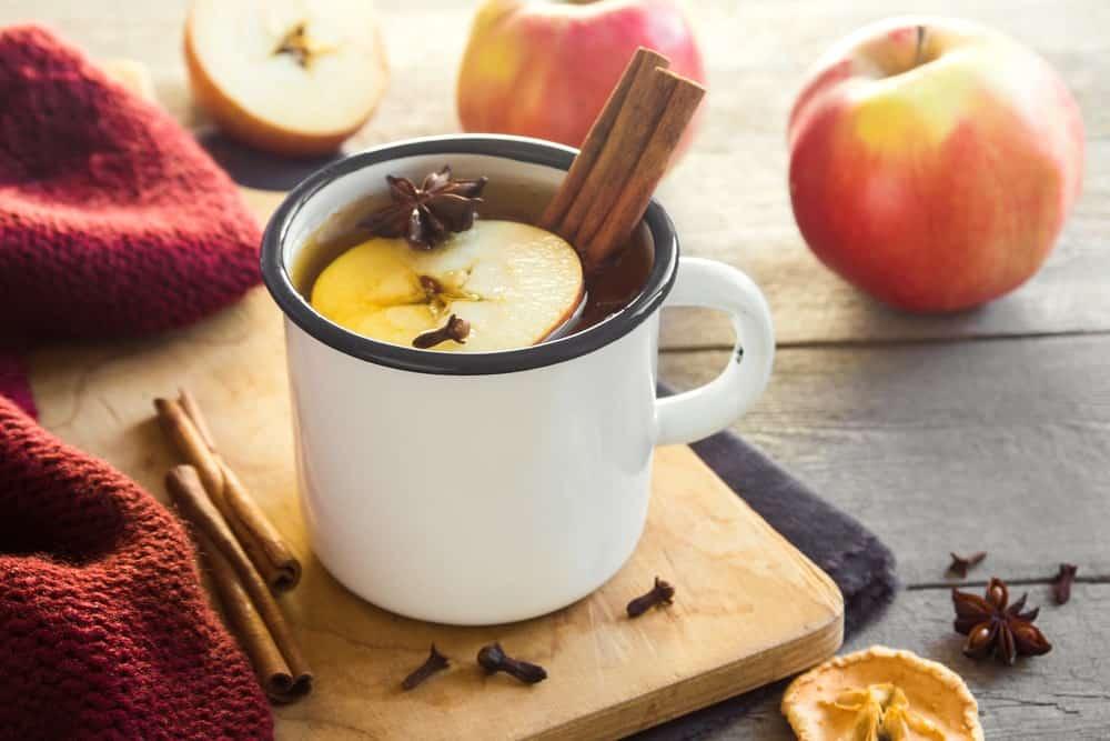 Apple fruit tea