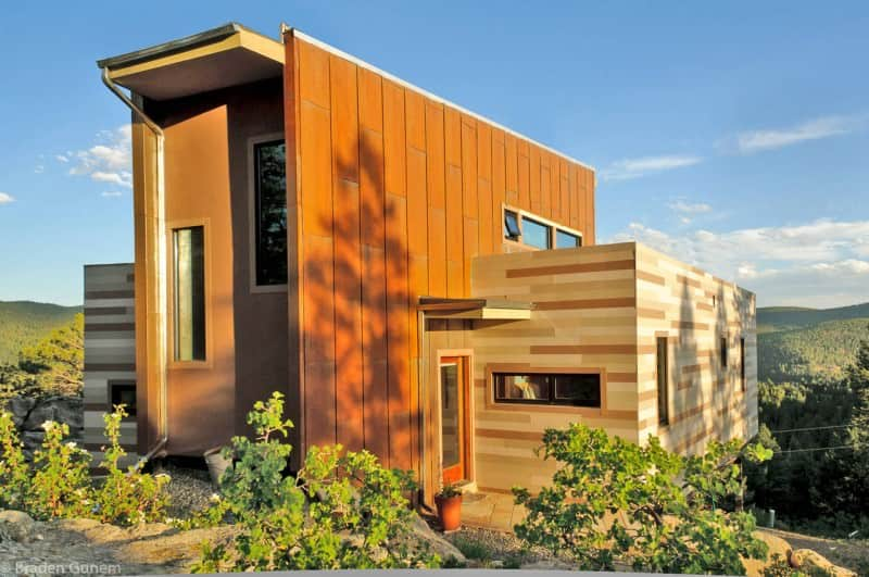 Fantastic shipping container house with garage by Shipping Container House by Studio H:T