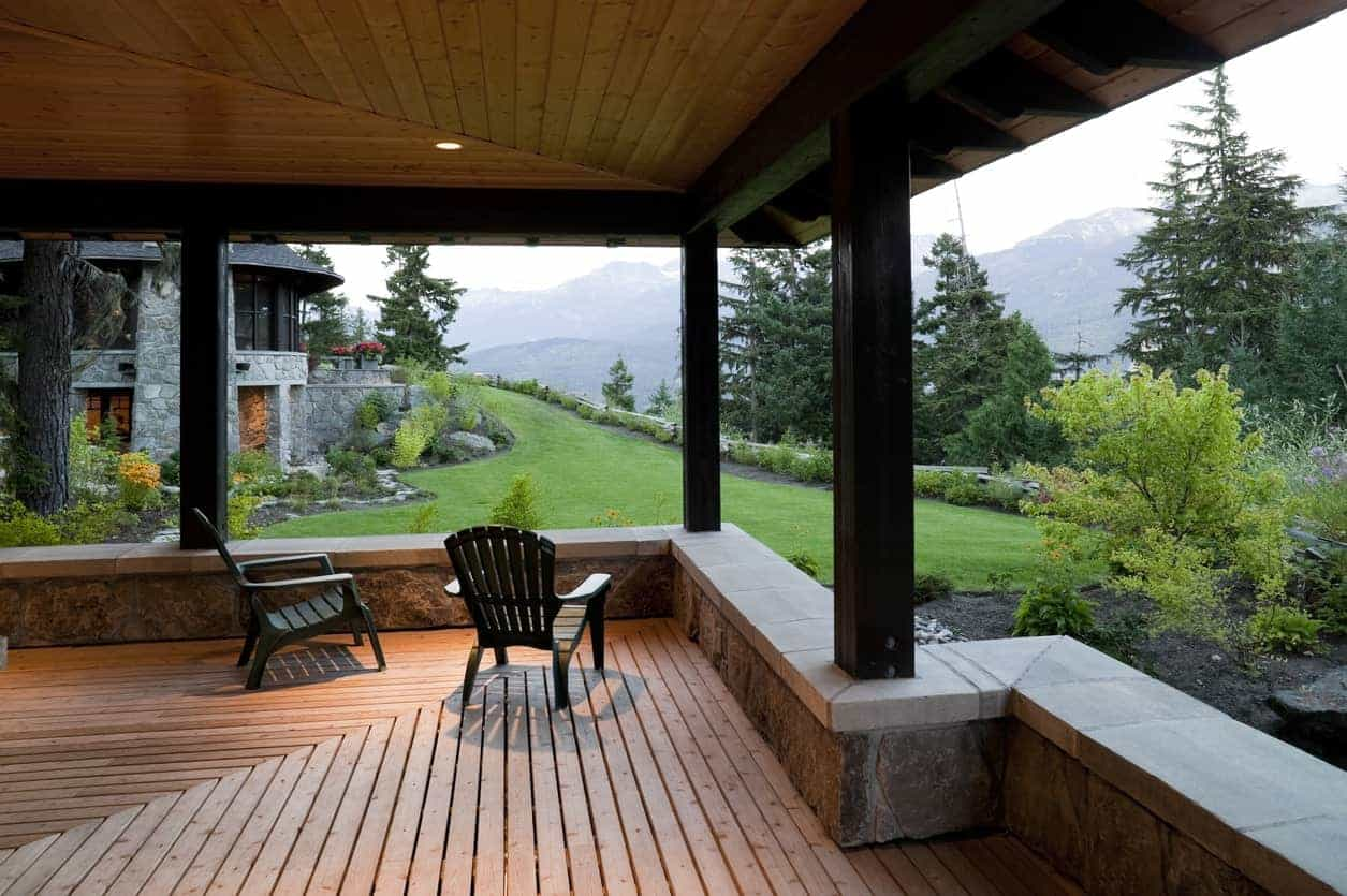 A  gorgeous deck overlooking the stunning garden area of the property.