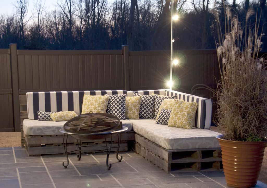 Awesome L-shaped patio sectional with striped cushions