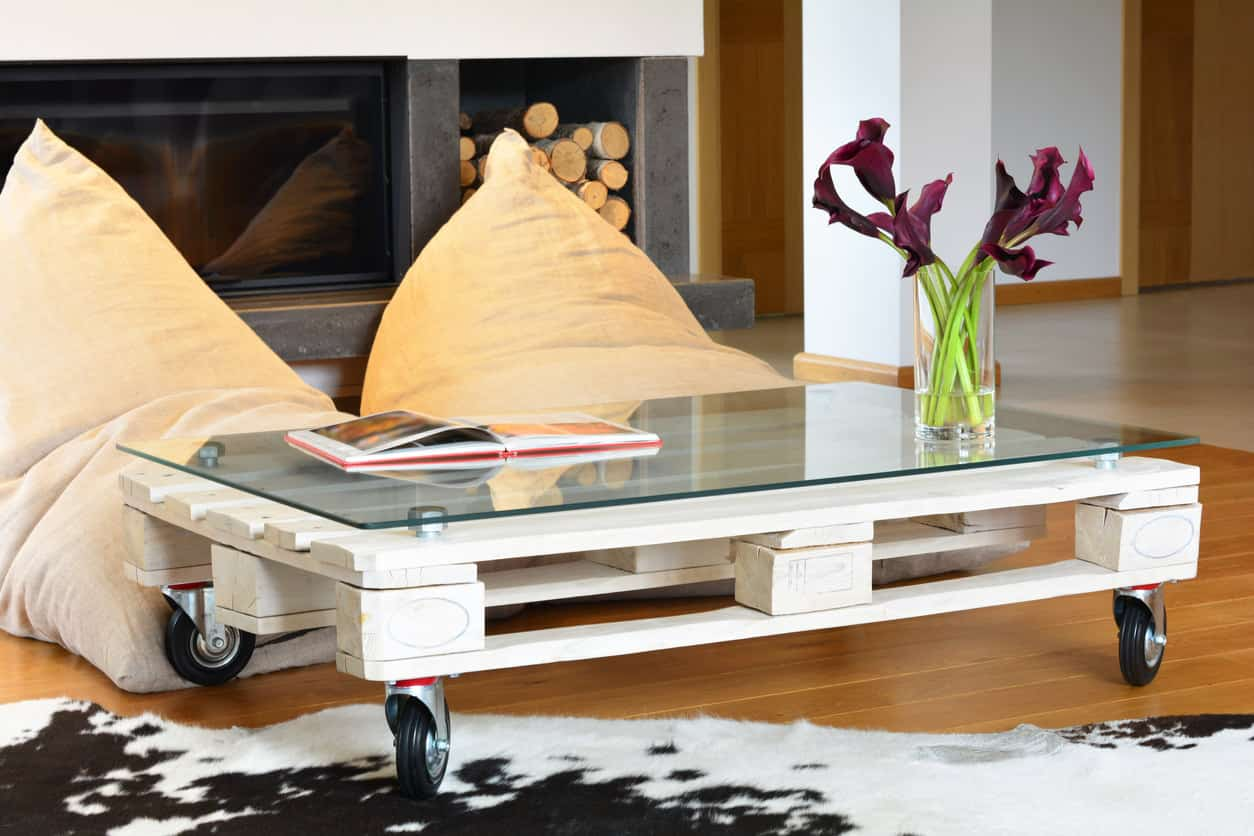 Low white rectangle (half-pallet) coffee table with glass-surface