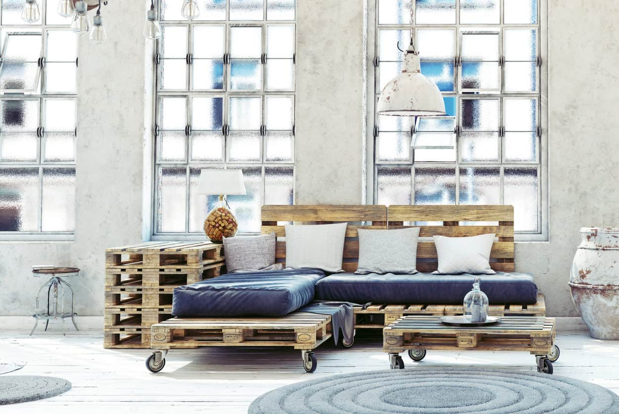 Cool chaise lounge style pallet sofa with pallet ottoman