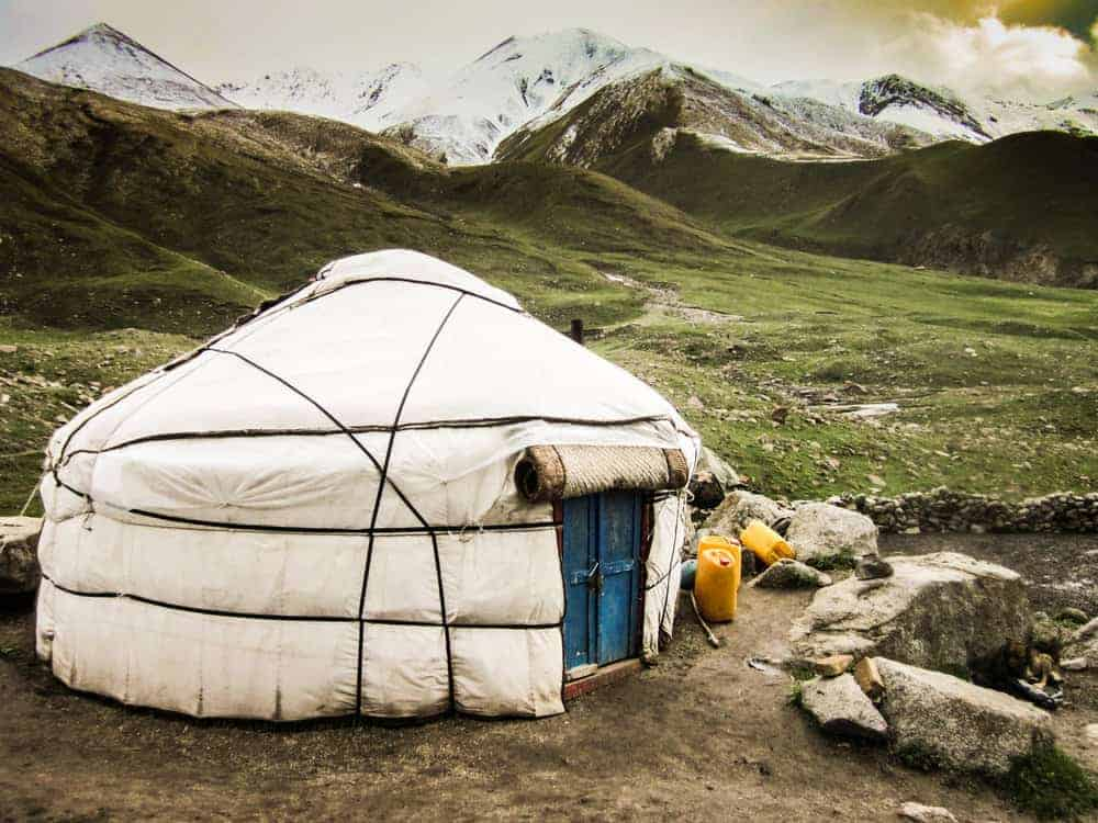 Kyrgyz yurt in the middle of the mountains, Kochkor area, Kyrgyztan