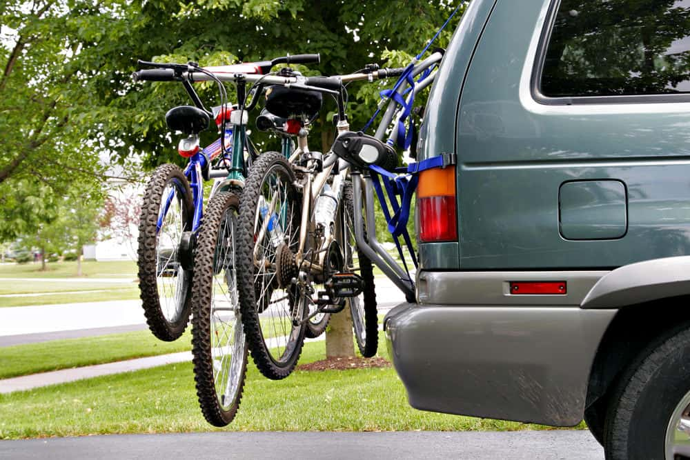 SUV carrying bikes