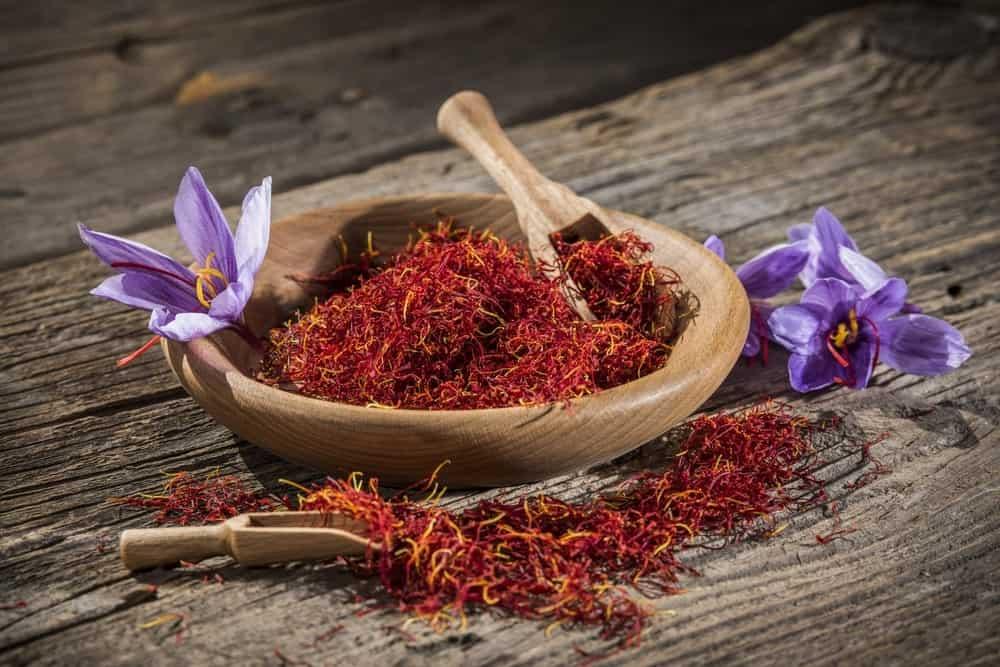 Saffron and saffron flowers