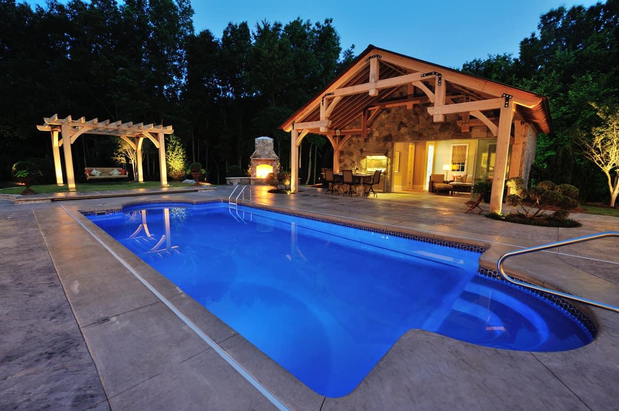 50 Swimming Pool House, Cabana and Pergola Ideas (Photos) on Small Pool Cabana Ideas id=80210