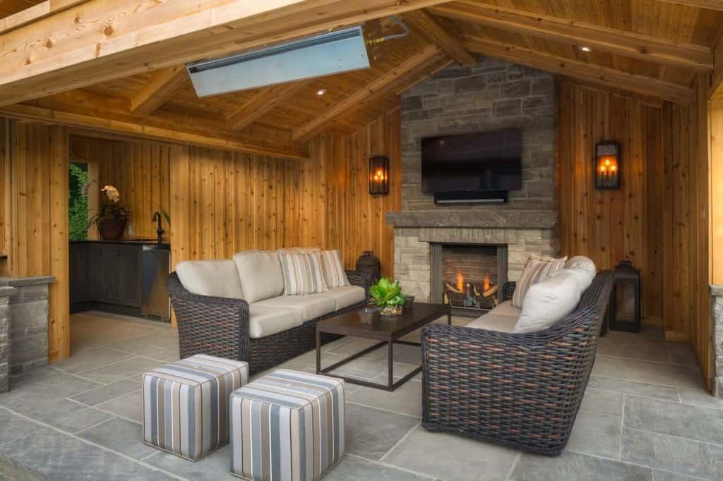 50 Swimming Pool House, Cabana and Pergola Ideas (Photos) on Small Pool Cabana Ideas id=32773