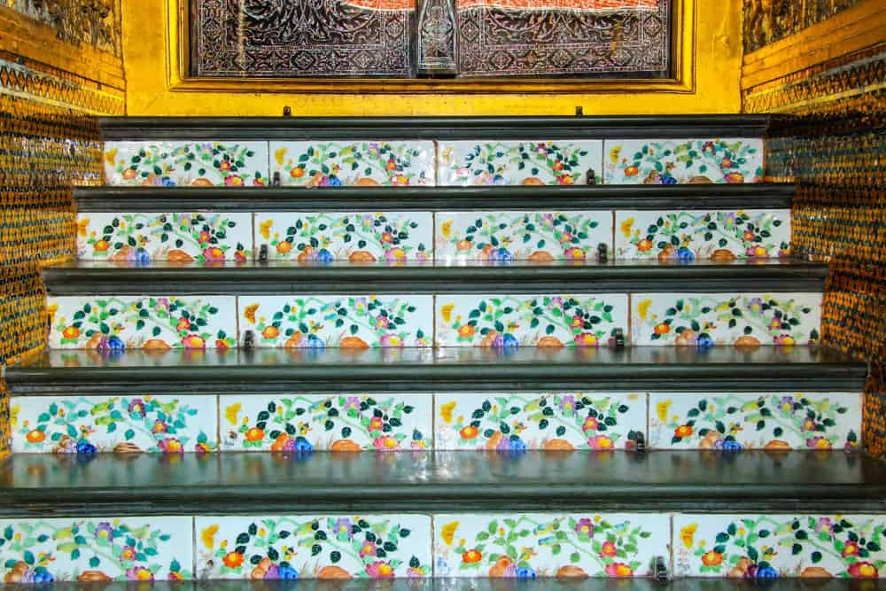 A staircase with lovely and stunning-looking tiles flooring.
