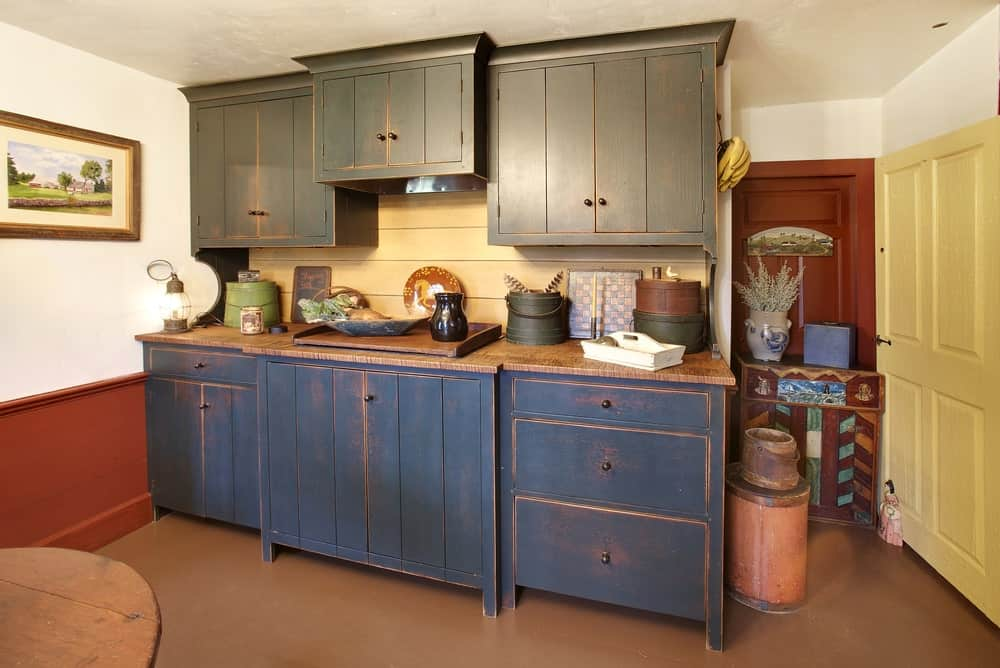 11 Diffe Types Of Kitchen Cabinet Doors, Distressed Kitchen Cabinet Doors