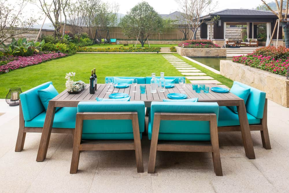 Spectacular patio furniture in backyard