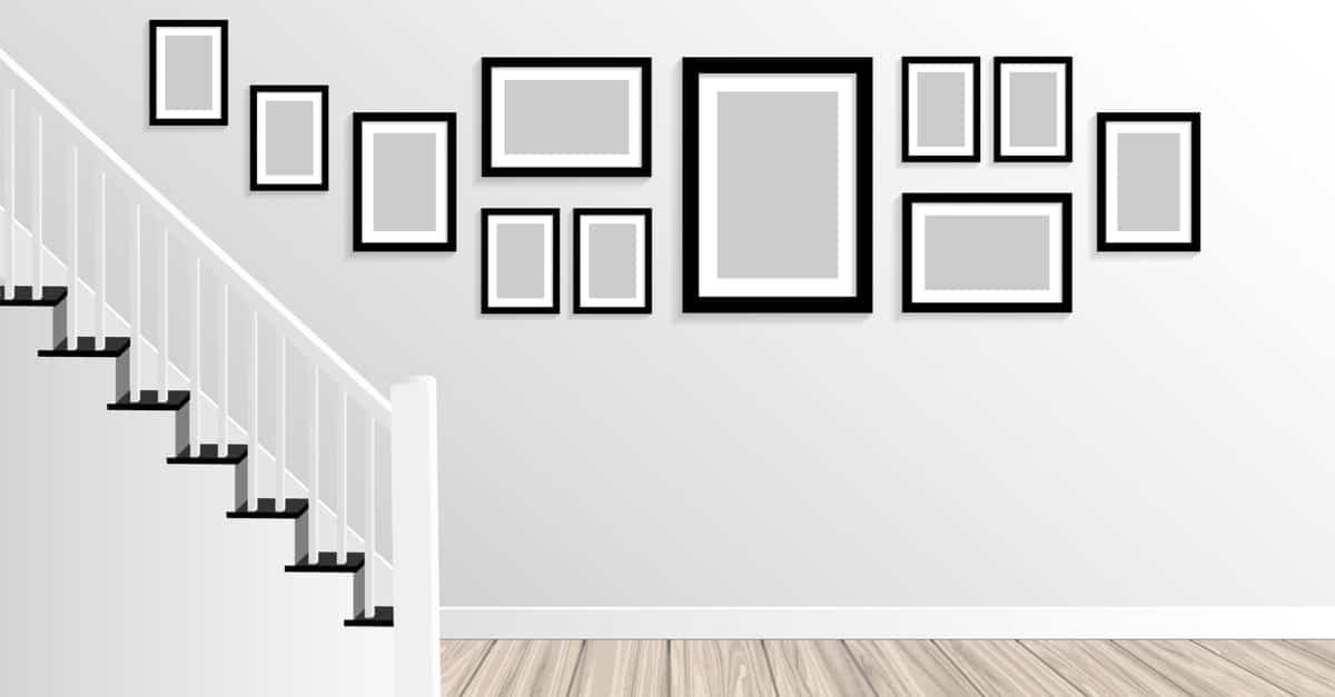 Staircase wall décor